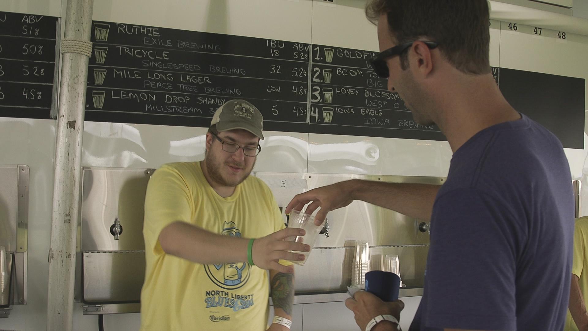 beer tent 01